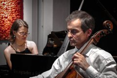 Movimento München - Pianistin und Violoncello-Spieler